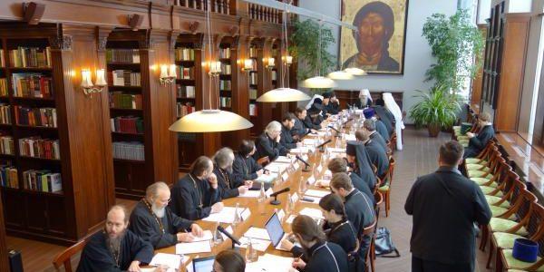 Настоятель прихода, ректор Донской духовной семинарии, принял участие в заседании рабочей группы по подготовке воспитанников духовных школ к пастырскому служению
