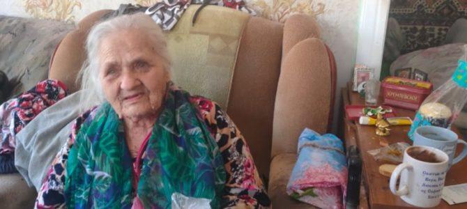 Активисты храма поздравили пожилых прихожан с Пасхой